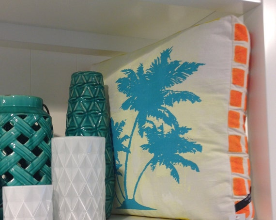 Box Cushion, Turquoise Palmtree pop art design / Handmade Double sided  design screen-print from TROPPO Collection