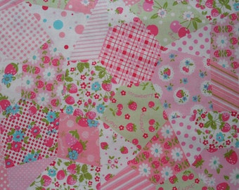 "Fat Quarter of Yuwa Atsuko Matsuyama 30s Collection Crazy Patchwork Cheater Fabric in Pink. Approx. 18"" x 22"" Made in Japan"