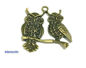 "Lot of 15pcs Antique Bronze Tone ""Owl Couple"" Metal Charms. #BC2743."