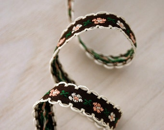 5 Yards, 1cm / 1/2 inch Width, Dedicate Coffee with Embroidery Flower Lace Trim