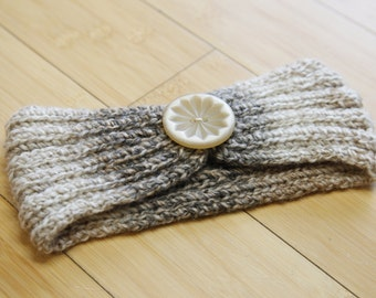 Neutral headband with button detail