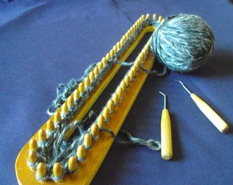 handmade wooden knitting loom