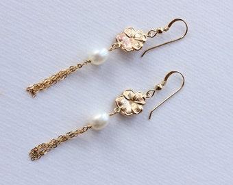 Gold Plumeria Earrings, Tropical Flower Earrings, Hawaiian Floral Earrings, Beach Wedding Earrings, Pearl Flower Earrings, Gift for Her