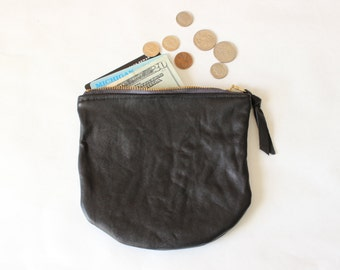 "6"" Repurposed Leather Round Zipper Pouch / Black"
