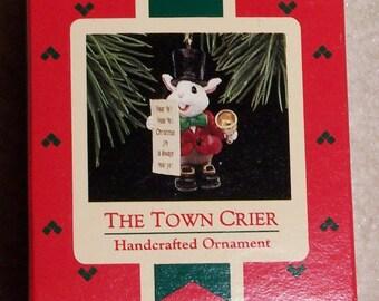 Hallmark Keepsake Christmas Ornament – 1988 MIB, The Town Crier – QX4734