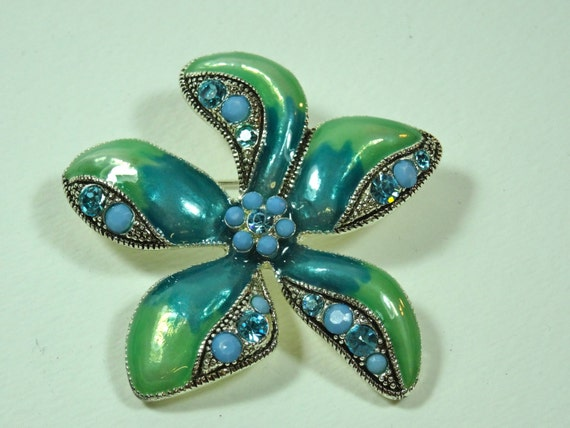 Brooch - Blue Flower