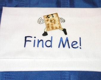 Afikomen bag with running Matzah for Passover - great for kids!