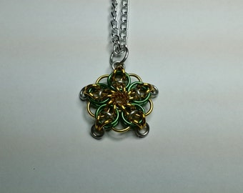 Chainmaille Celtic star pendant