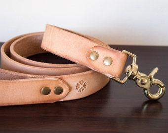 Personalized Vegetable Tanned Leather Dog Leash - Natural