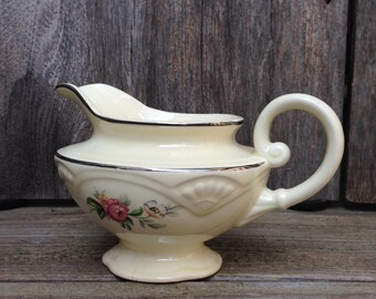Homer Laughlin Creamer