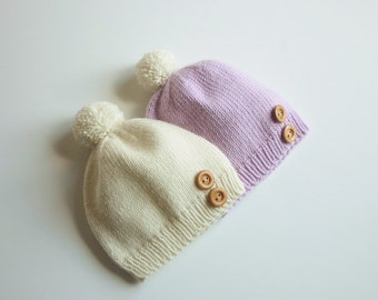 Hand knitted baby hat / newborn knitted baby hat / Merino wool baby hat / baby pompom hat / hand knitted baby clothing