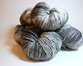 "Ville: ""Space Needle"" Hand Dyed Worsted Superwash Merino Yarn"