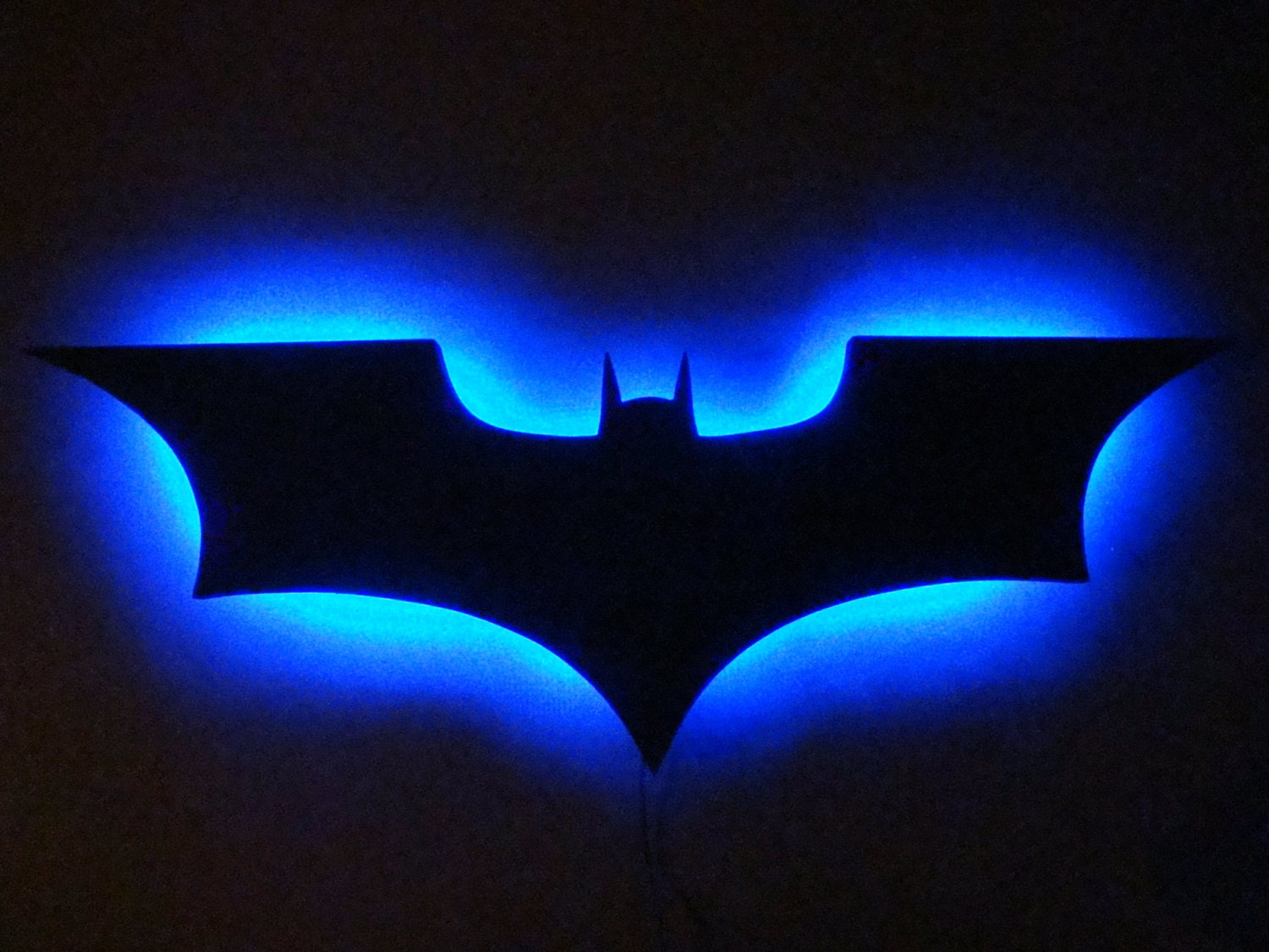 Batman Wall Light Diy : Batman Logo LED Wall Light / Night Light
