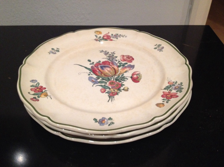 Set of three antique villeroy and boch dinner plates made in for Villeroy and boch plates