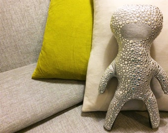Sofa buddy - the riveting buddy for your sofa.