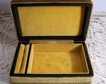 Items similar to regal red velvet jewelry box with red for Red velvet jewelry gift boxes