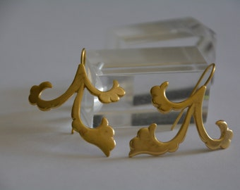 Boho gold bridal earrings, flower earrings, boho drop earrings, boho chic earrings wedding earrings gold antique earrings statement earrings