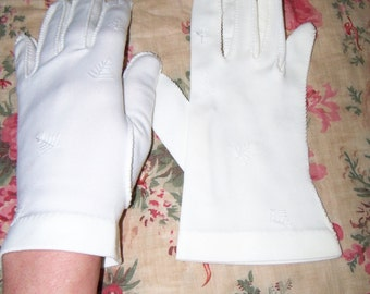 Vintage Women's Beige Petite Glove