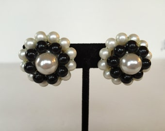 Vintage Black and White Pearl Flower Button Style Clip On Earrings