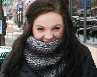 Multicolor Neck Cowl - 4 Colors Available!