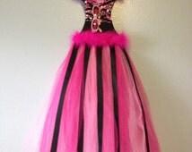 Hello Kitty Pink/Black TuTu Bow Holder