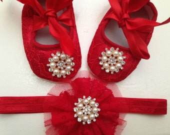 Red lace baby shoes and headband set, rhinestone crib shoes, first walker lace shoes, newborn red shoes, princess shoes