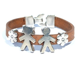 women leather bracelet with boy and girl, bracelet with children for mom, gifts for mom, womens cuf, mommy jewelry, mother daughter gift
