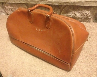 Genuine Leather Doctors Travel Medical Bag with key by Carson- tan/light brown