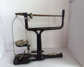 Vintage Scientific Lab Scale