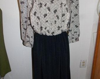 1980s Era Lady Carol of New York Black & Gray Dress with Pleated Bodice USA Made
