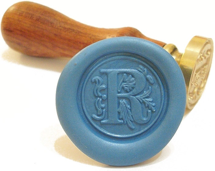 Letter r initial wax seal stamp in vintage design retro flower for Letter seal stamp