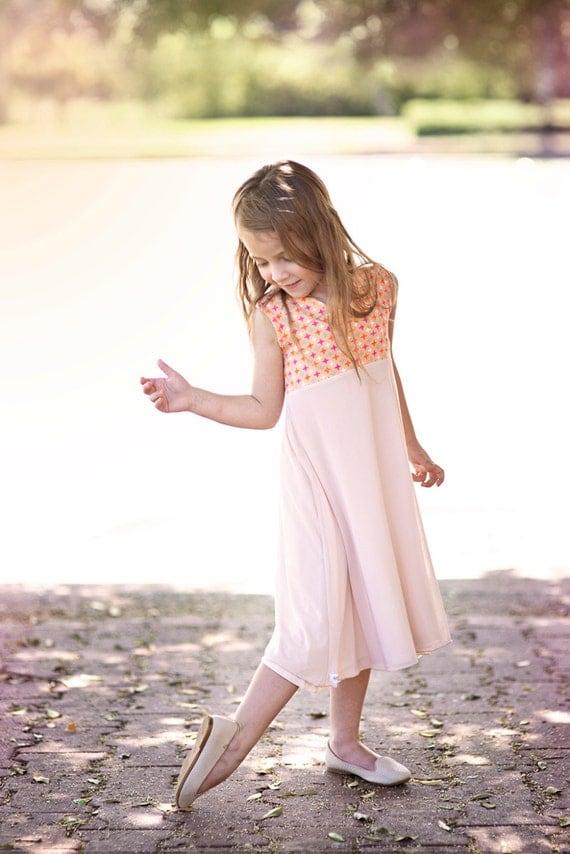 أزياء الاطفال الفساتين المريحة بالنسبة للفتيات. بوابة 2014,2015 il_570xN.683712544_h