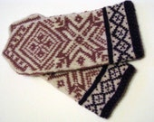 Hand knittedet ethnic mittens, Patterned wool mittens, Scandinavian winter mittens, latvian mittens with ornament, nordic sweater mittens