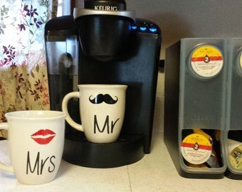 Mr Mrs Cup - Stocking Stuffer - His and Hers Coffee Mugs - Personalized Coffee Mugs - Wedding Gift - Wedding Shower Gift - Newly Weds