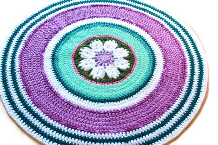 Modern Crochet Rug Flower Medallion 39 inch Teal & Radiant