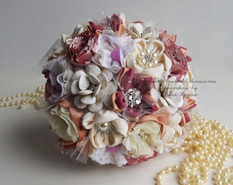 """bouquet of fabrics and brooches """"Creme Brulee"""""""