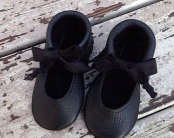 Black Mary Jane leather shoes