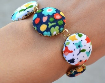 Fun Floral Navy & White Fabric Covered Button Bracelet
