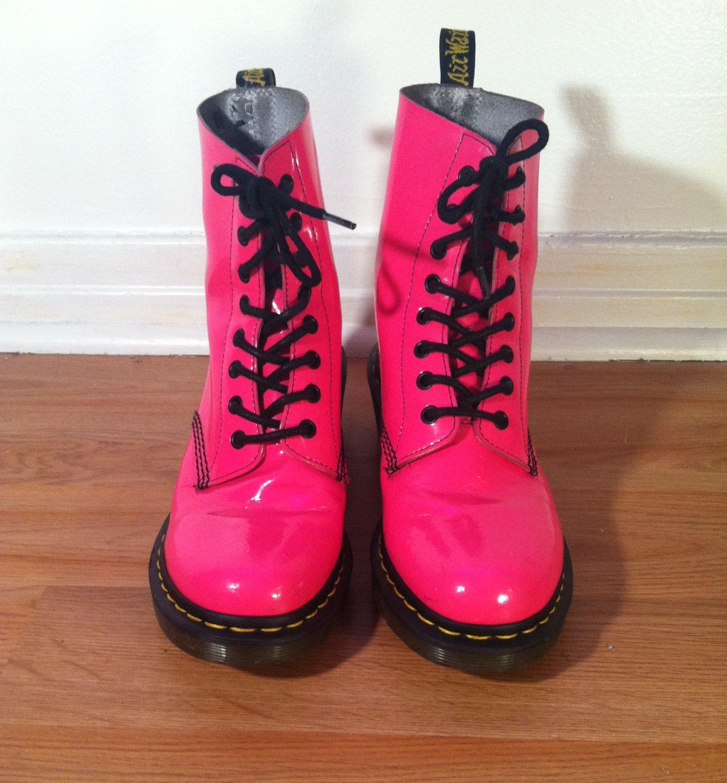 rare hot pink patent leather doc martens ladies size us 9 haute juice. Black Bedroom Furniture Sets. Home Design Ideas