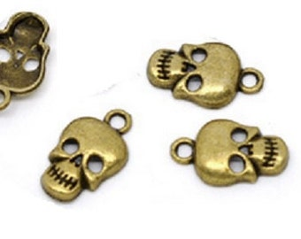 10 Bronze Skull Charms- Antiqued Bronze 17x10mm