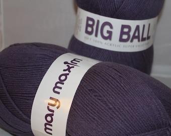 Mary Maxim Big Ball yarn 850 yards