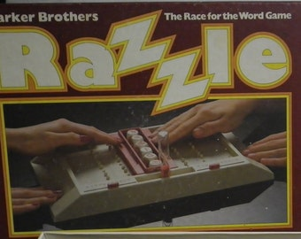 Vintage Parker Brothers Razzle Board Game