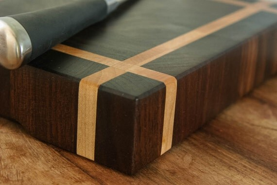 Block Board Usage ~ End grain cutting board chopping block in maple and walnut