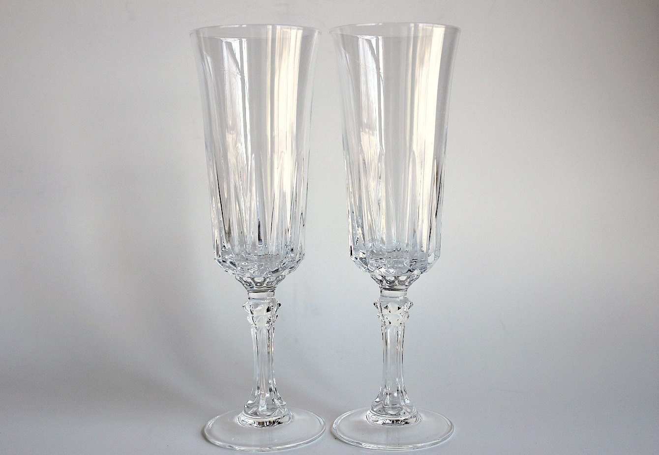 Two 24 lead crystal champagne fluted goblets vintage - Fluted wine glasses ...