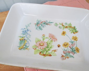 LE CUISINE Baking Dish with variety of  herbs.  Vintage bakeware made in Japan