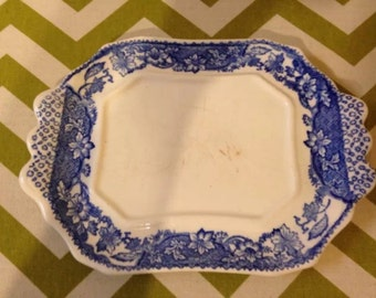 Vintage rectangular serving plate IN WHITE And blue