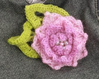 crochet brooch, Pink and green flowers crochet brooch