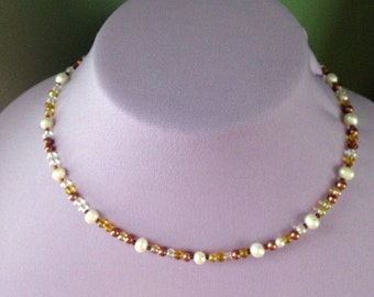 Glass beaded choker with glass pearls beads