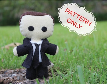 PATTERN: Agent Coulson Doll