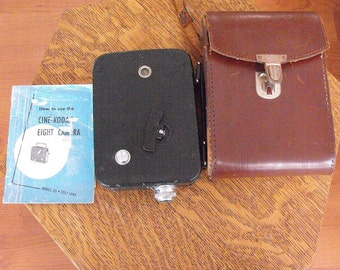 CINE-KODAK Model 25 Early 8mm Movie Camera Excellent with Manual + Leather Case